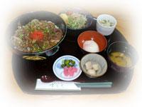 木曽牛丼定食